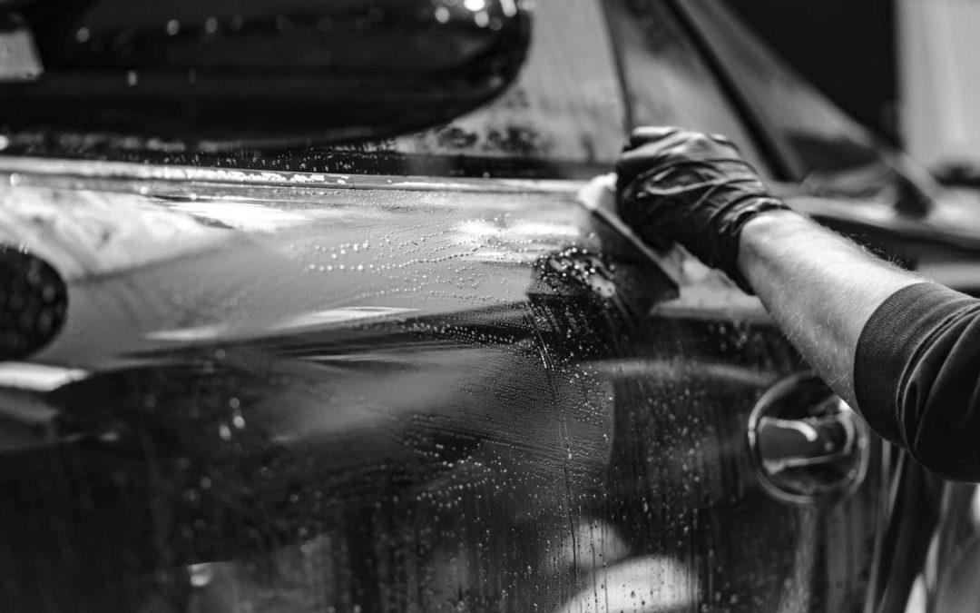Limpia el interior de tu coche con los productos adecuados y de manera correcta