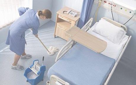 Desinfección y limpieza de centros para personas de la tercera edad